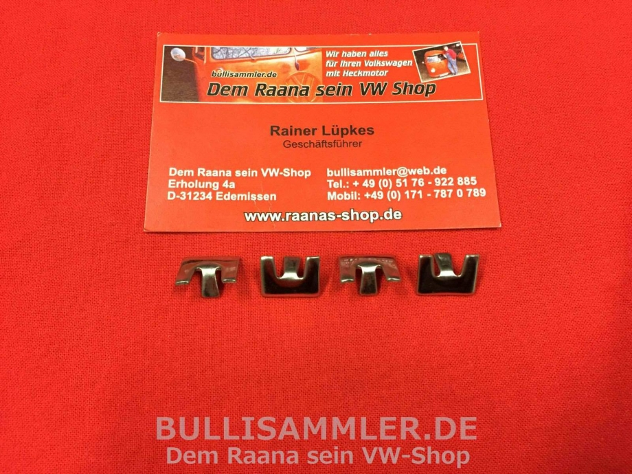 4 Klammern f. Zierleiste Kennzeichenbeleuchtung vom Karmann Ghia (0404-11)