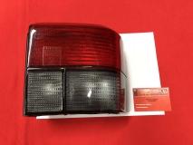 VW Bus T4 Rücklicht rot/schwarz rechts mit E-Prüfzeichen (-675)